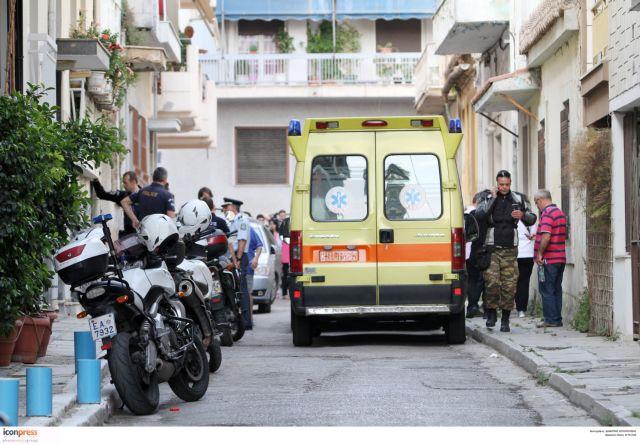 Εξάρχεια: Μαχαίρωσαν και λήστεψαν 27χρονο | tovima.gr