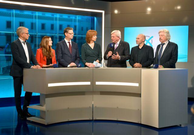 Der Spiegel: Δραματικές απώλειες Χριστιανοδημοκρατών και Σοσιαλδημοκρατών   tovima.gr