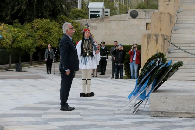 Γαβρόγλου: Να είμαστε ευγνώμονες για όσους θυσιάστηκαν | tovima.gr
