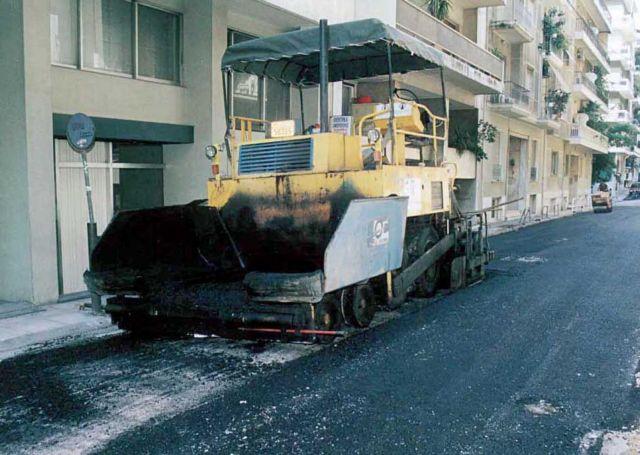 Έργα ασφαλτόστρωσης σε 120 δρόμους της Αθήνας   tovima.gr