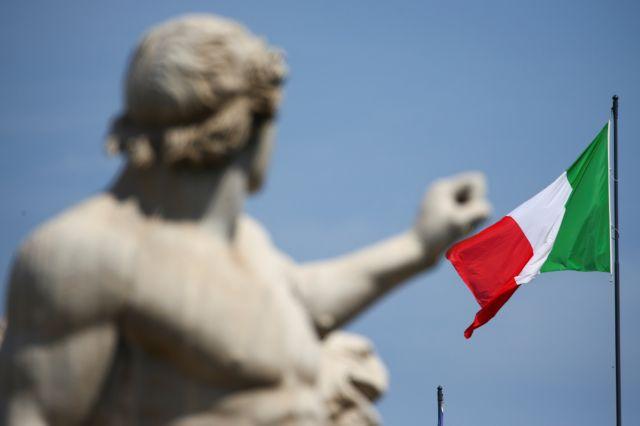 Κομισιόν: Ζητά εξηγήσεις από την Ιταλία επειδή δεν μειώνει το δημόσιο χρέος της   tovima.gr