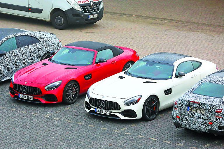 Παιχνίδι με τον χρόνο για τις νέες Mercedes-AMG GT | tovima.gr