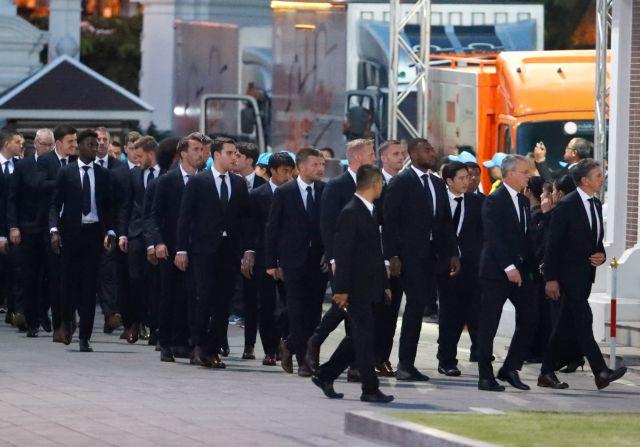 Στην Ταϊλάνδη οι παίκτες της Λέστερ για την κηδεία του Βιχάι Σριβανταναπράμπα | tovima.gr