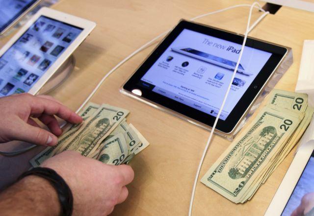 Πέφτουν οι πωλήσεις σε κινητά και tablets | tovima.gr