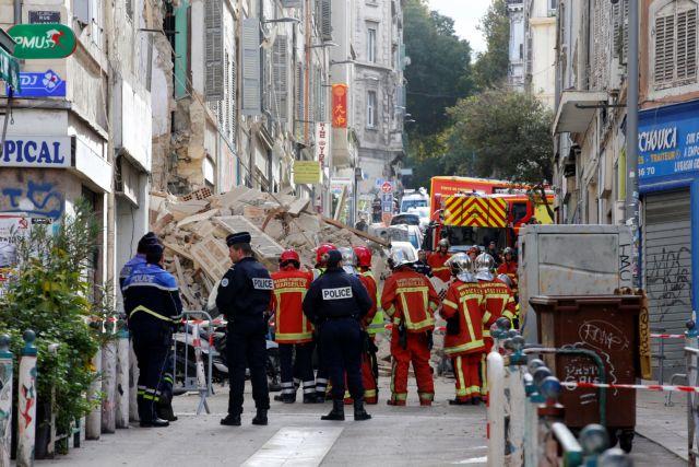 Μασσαλία: Εντοπίστηκε τρίτη σορός στα ερείπια των κτιρίων που κατέρρευσαν | tovima.gr