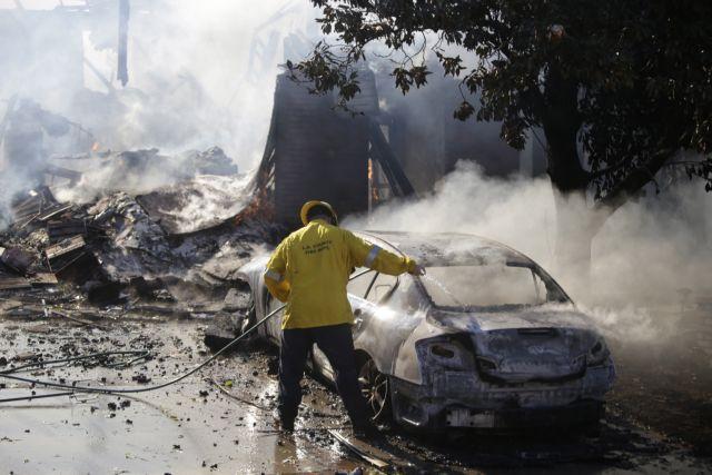 Νεκροί και τραυματίες στο πύρινο μέτωπο της Καλιφόρνια | tovima.gr