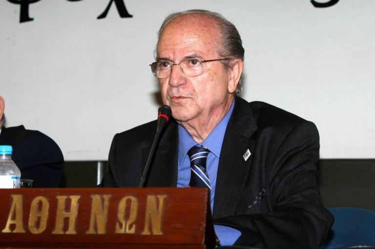 Σε ηλικία 80 ετών «έφυγε» ο δημοσιογράφος Ανδρέας Μπόμης | tovima.gr