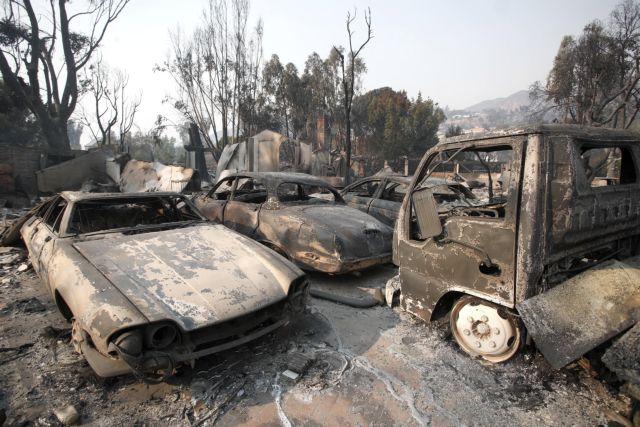 Στο έλεος της πύρινης λαίλαπας η Καλιφόρνια: Στους 23 οι νεκροί – 35 οι αγνοούμενοι | tovima.gr