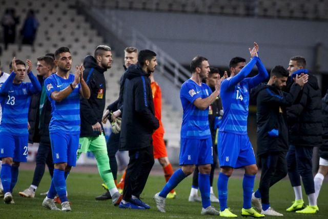 Κέρδισε σε διάθεση, έχασε την πρωτιά η Εθνική | tovima.gr