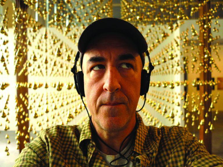 Tζον Μαυρουδής: Ο εικονογράφος της πρώτης σελίδας   tovima.gr