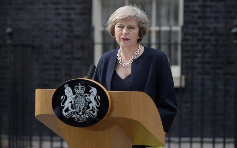 Η Μέι πιέζεται να «ξαναδεί» το κείμενο της συμφωνίας με την ΕΕ για το Brexit | tovima.gr