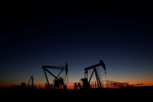 Βρετανία: Μείωση σημείωσαν οι τιμές πετρελαίου την Παρασκευή | tovima.gr