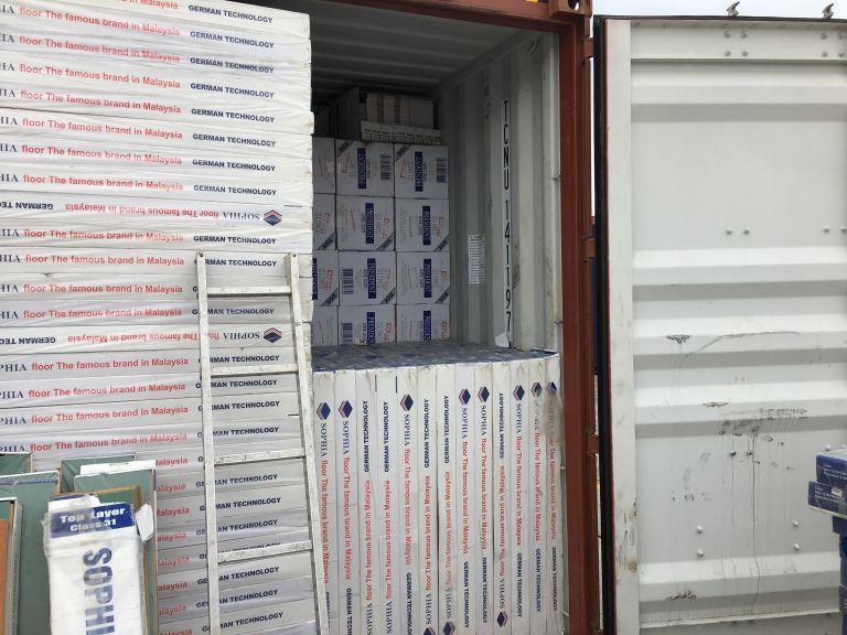 ΣΔΟΕ: Λαθραία τσιγάρα «μύρισε» το λαγωνικό της δίωξης λαθρεμπορίου [εικόνα] | tovima.gr