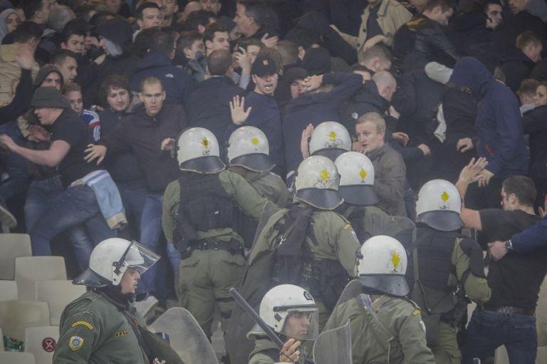Φαν Ντερ Σαρ: «Είχαμε προειδοποιήσει την UEFA και την ΑΕΚ» | tovima.gr