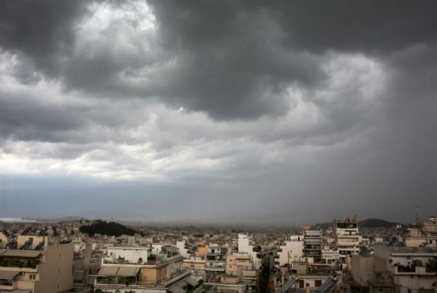 Τι συμβαίνει με την συνεχώς αυξανόμενη νεφοκάλυψη του αττικού ουρανού; | tovima.gr