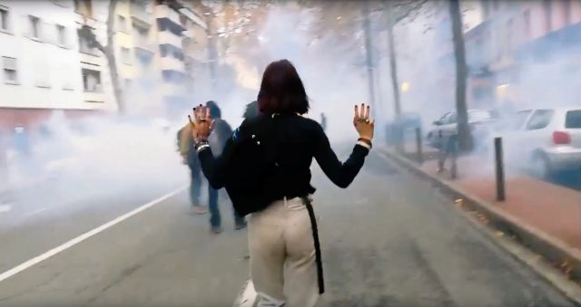 Το Παρίσι «βράζει» : Συνέχεια αντιδράσεων με καταλήψεις σχολείων | tovima.gr