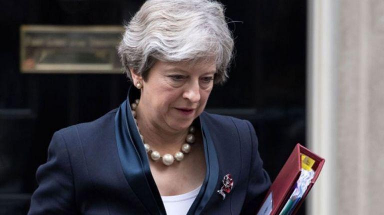 Brexit : Ενώπιον του κοινοβουλίου και πάλι η Μέι – Σε δεινή θέση μετά τις ήττες   tovima.gr