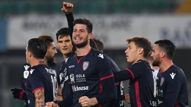 Στους «16» του Κυπέλλου Ιταλίας Σασουόλο και Κάλιαρι | tovima.gr