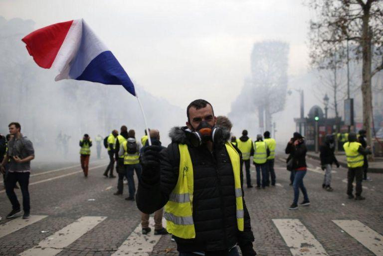 Γαλλική κυβέρνηση:  Να επικρατήσει η λογική, να μη γίνουν άλλες διαδηλώσεις | tovima.gr