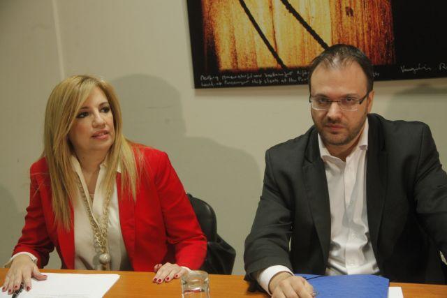 Στην κόψη του ξυραφιού οι σχέσεις ΚΙΝΑΛ-ΔΗΜΑΡ | tovima.gr