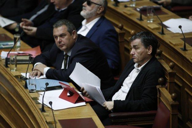 ΚΚΕ καλεί Τσακαλώτο-Καμμένο να καταβάλουν άμεσα τις οφειλόμενες αποδοχές στους εργαζομένους των ΕΑΣ   tovima.gr