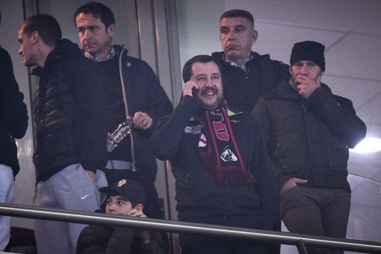 Αντιπρόεδρος της ιταλικής κυβέρνησης: «Αποκλεισμός-ντροπή για τη Μίλαν» | tovima.gr