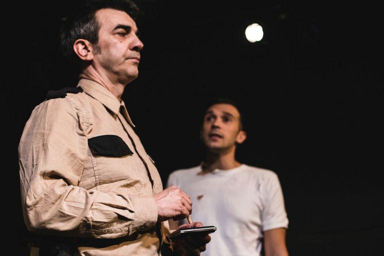 Θέατρο Vault: «Τύχη και των Ανδρών τα Βλέμματα (Σονέτο 29)» του Τζων Χέρμπερτ | tovima.gr