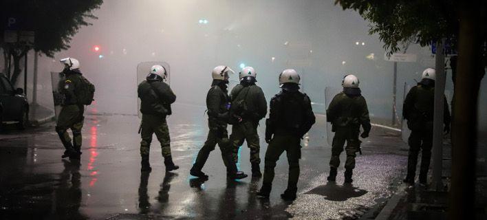 Μία σύλληψη, 49 προσαγωγές στα επεισόδια στη Θεσσαλονίκη | tovima.gr