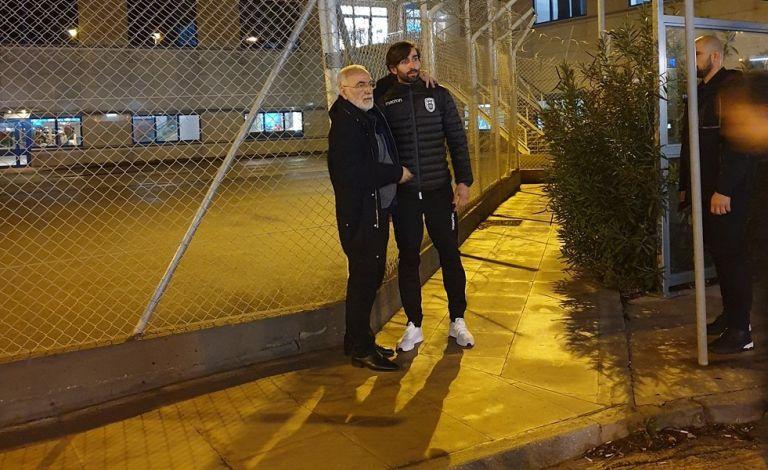 Ο Σαββίδης υποδέχθηκε την αποστολή του ΠΑΟΚ στο Ελ. Βενιζέλος (pics) | tovima.gr