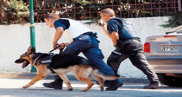 Θεσσαλονίκη: Με μισό κιλό ηρωίνης συνελήφθησαν γιαγιά και εγγονή | tovima.gr