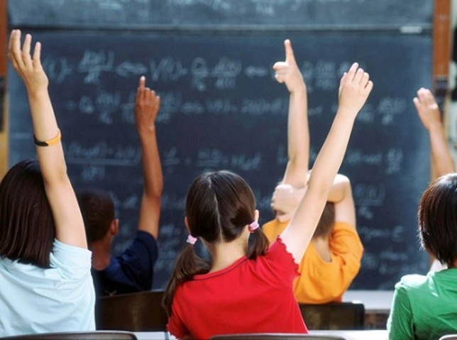 Ερευνα: Γιατί μειώνεται συνεχώς ο μαθητικός πληθυσμός | tovima.gr