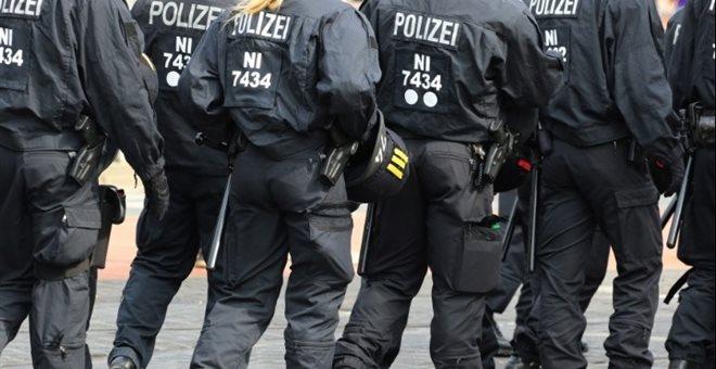 Γερμανία: Διευρύνεται ο κύκλος των υπόπτων αστυνομικών για συμμετοχή σε ακροδεξιό πυρήνα στην Έσση | tovima.gr