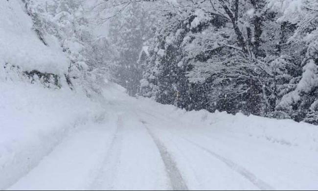 Στα λευκά Κοζάνη, Φλώρινα, Αμύνταιο, που χρειάζονται αντιολησθητικές αλυσίδες | tovima.gr