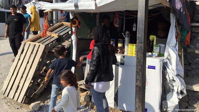 Συνθήκες Αφρικής σε ελληνικά κέντρα προσφύγων | tovima.gr