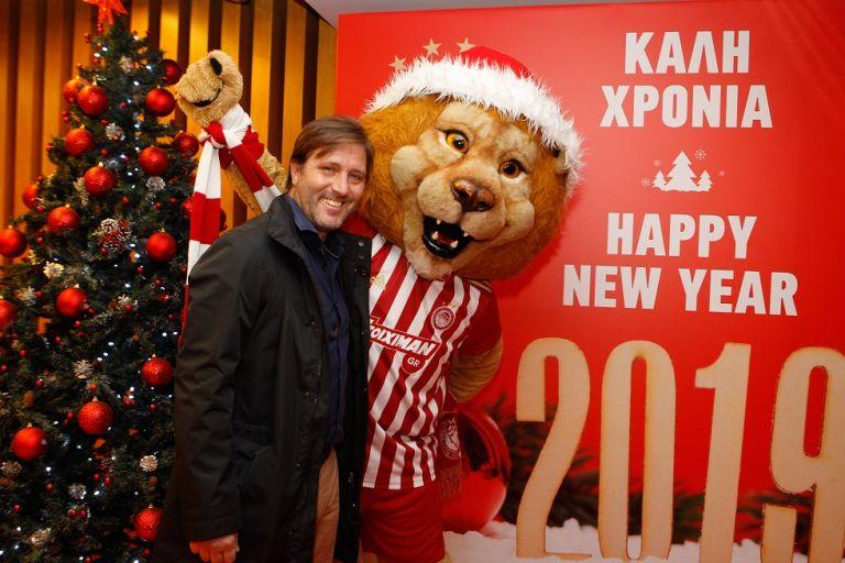 Η χριστουγεννιάτικη γιορτή του Ολυμπιακού | tovima.gr