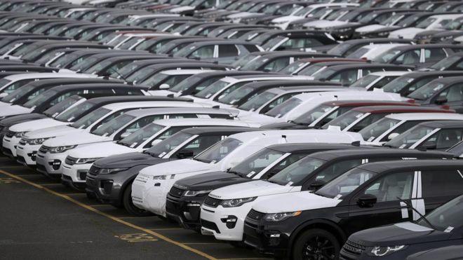 Αναδουλειές και απολύσεις για την Jaguar Land Rover | tovima.gr