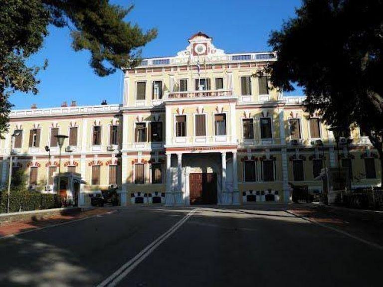 Αντιεξουσιαστές ανέλαβαν την ευθύνη για «άγνωστη» επίθεση στο στρατηγείο του ΝΑΤΟ στη Θεσσαλονίκη | tovima.gr