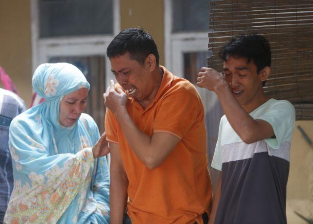 Τσουνάμι Ινδονησία : Εικόνες καταστροφής – 222 νεκροί | tovima.gr