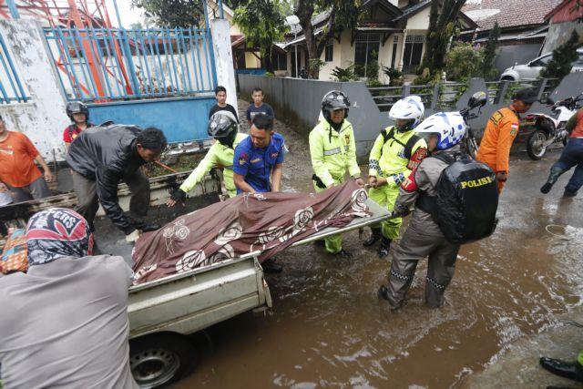 Ινδονησία – τσουνάμι: Εικόνες Αποκάλυψης | tovima.gr