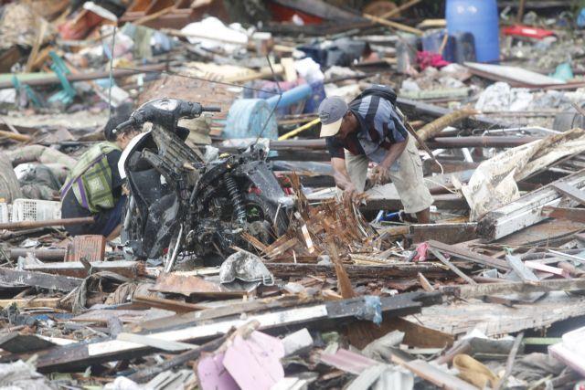 Τραγωδία Ινδονησία : Ανεβαίνει ο αριθμός των θυμάτων – Ξεπέρασαν τους 370 | tovima.gr