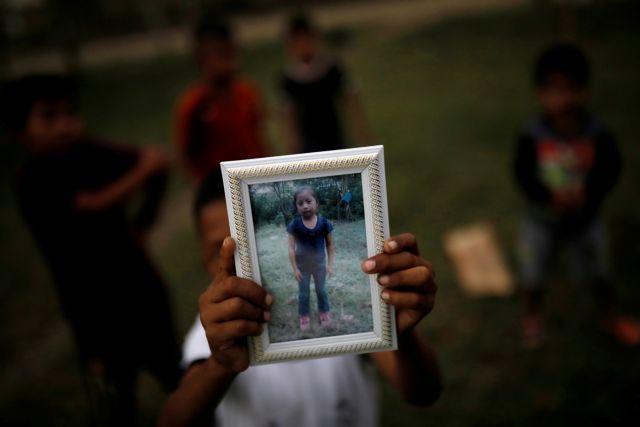Γουατεμάλα: Επαναπατρίστηκε η σορός της 7χρονης μετανάστριας που πέθανε στα σύνορα ΗΠΑ-Μεξικού | tovima.gr