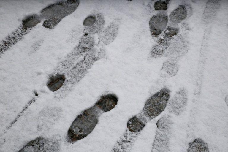 Γαλλία: Ζωντανός ανασύρθηκε 12χρονος από χιονοστιβάδα | tovima.gr