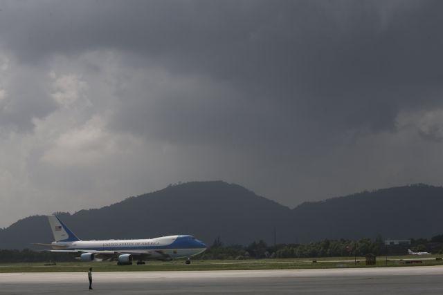 Air Force One: Εθεάθη πάνω από την Ευρώπη; | tovima.gr