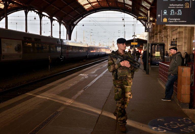 Στρασβούργο : Εκκενώθηκε ο κεντρικός σιδηροδρομικός  σταθμός | tovima.gr