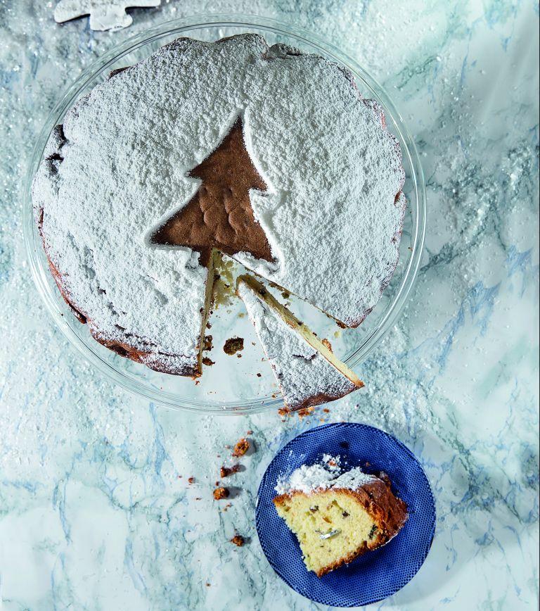 Βασιλόπιτα με γιαούρτι, μαστίχα και φιστίκια Αιγίνης | tovima.gr