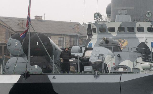 Μακρόν – Μέρκελ: Απαιτούν από τον Πούτιν την απελευθέρωση των ουκρανών ναυτών | tovima.gr