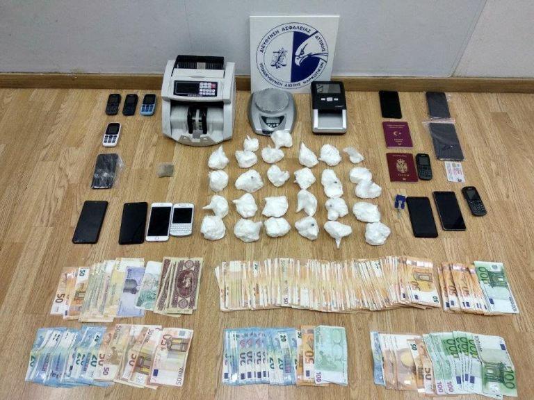 Κύκλωμα είχε μετατρέψει την Ελλάδα διαμετακομιστικό κέντρο ναρκωτικών | tovima.gr
