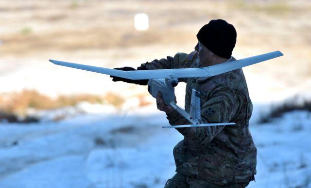 Στήνουν «αεράμυνα» για τα drones σε Χίθροου και Γκάτγουϊκ | tovima.gr