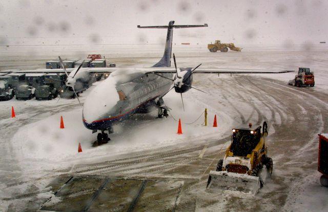 Ομαλοποιείται η κατάσταση στο αεροδρόμιο Μακεδονία | tovima.gr