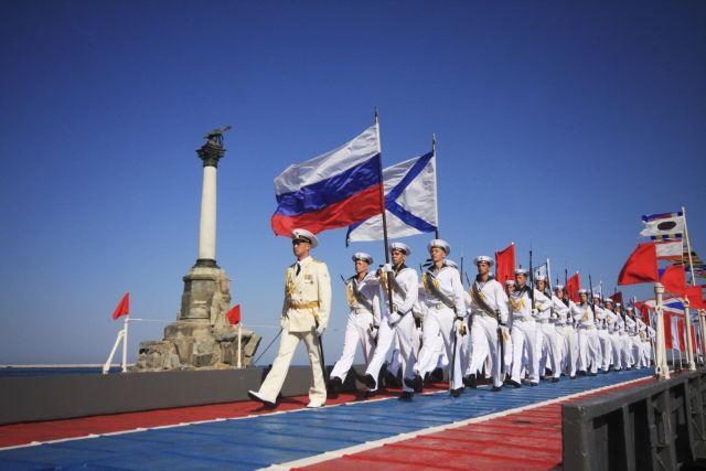 Ιράν: Κοινές ναυτικές ασκήσεις με τη Ρωσία στην Κασπία Θάλασσα | tovima.gr